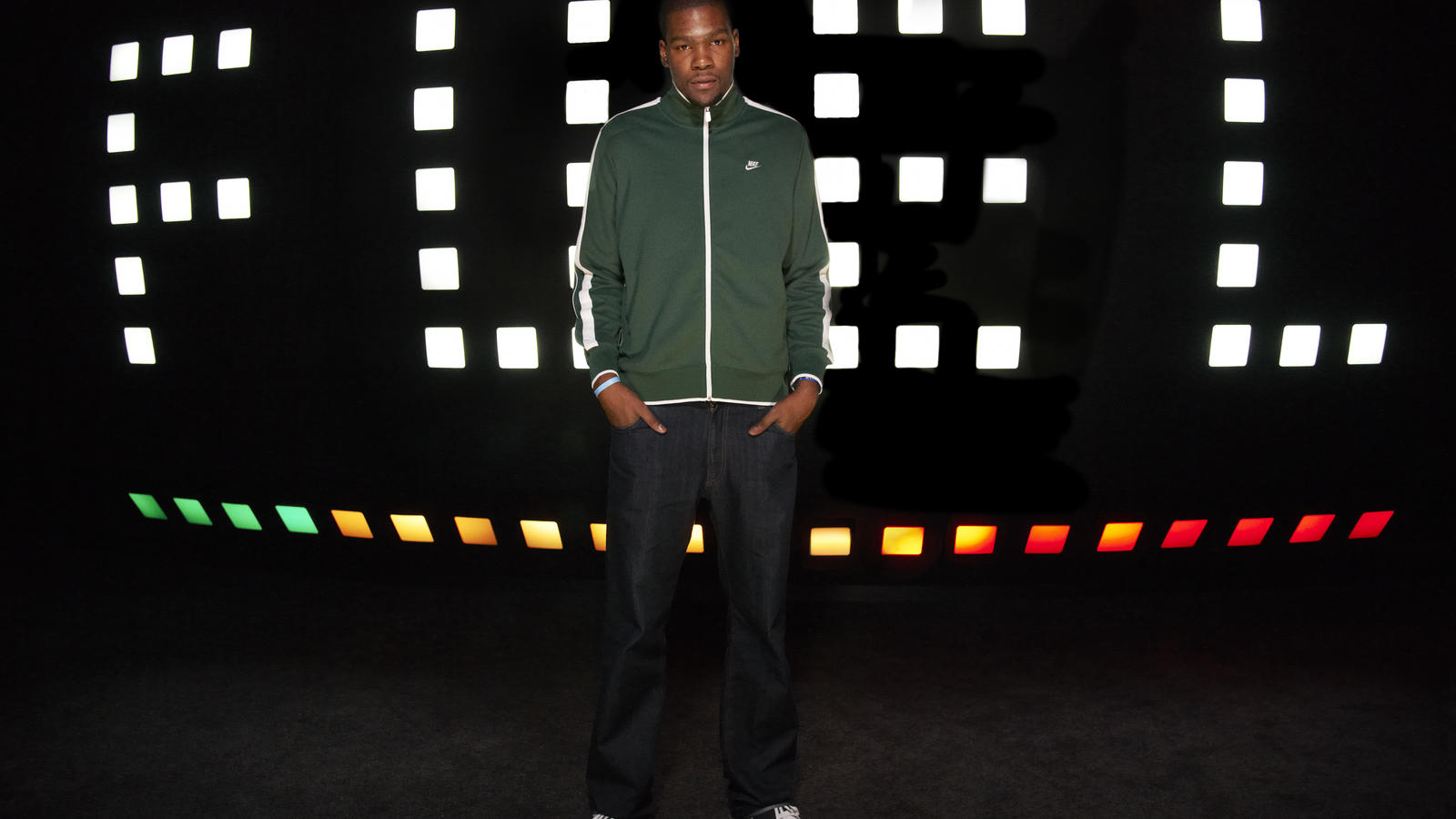 nike_fuelband_launch_KD_01