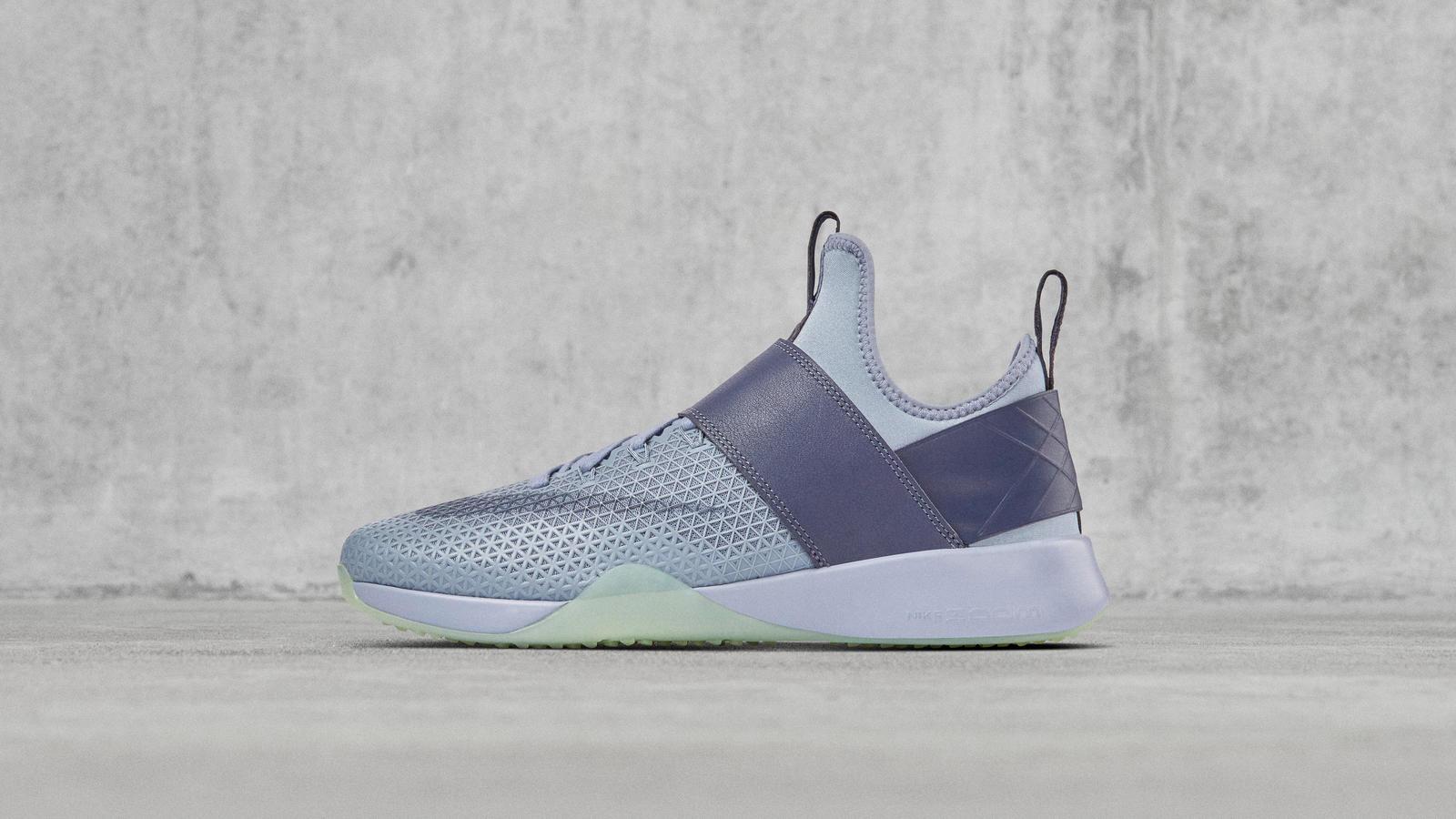 purchase cheap f733e d9f15 NikeLab Air Zoom Strong 0