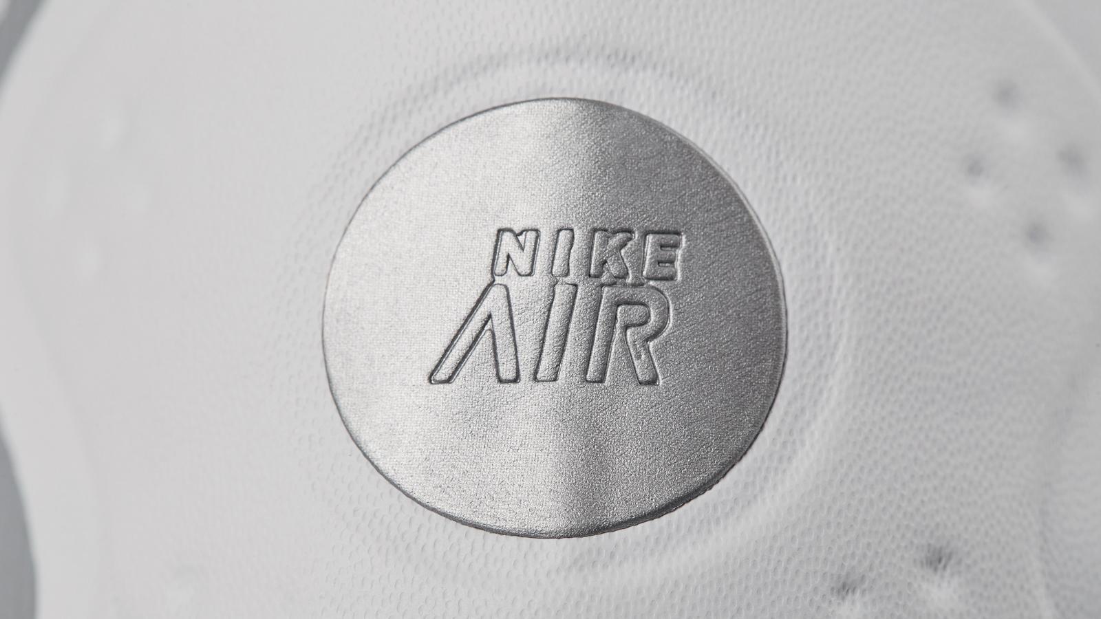 Nike Air Max More 4