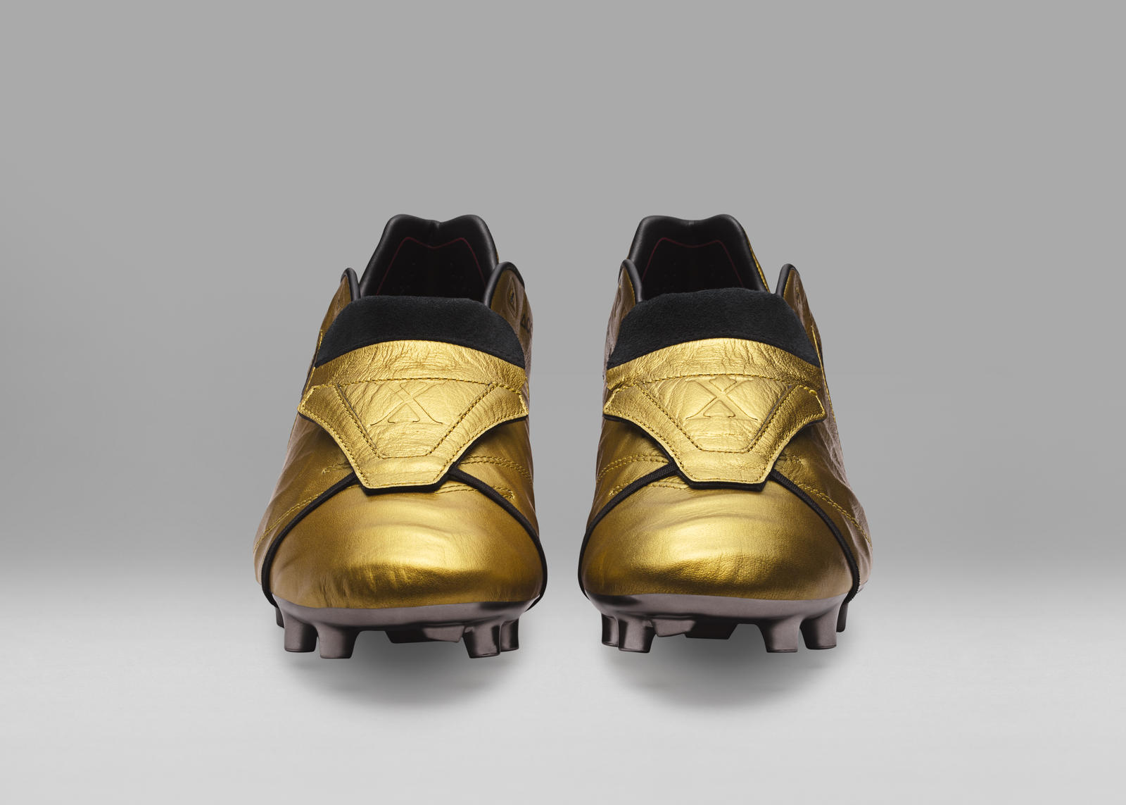 3578dab0149f Limited Edition Tiempo Totti x Roma Boots Celebrate Totti's Remarkable 25  Year Career 5