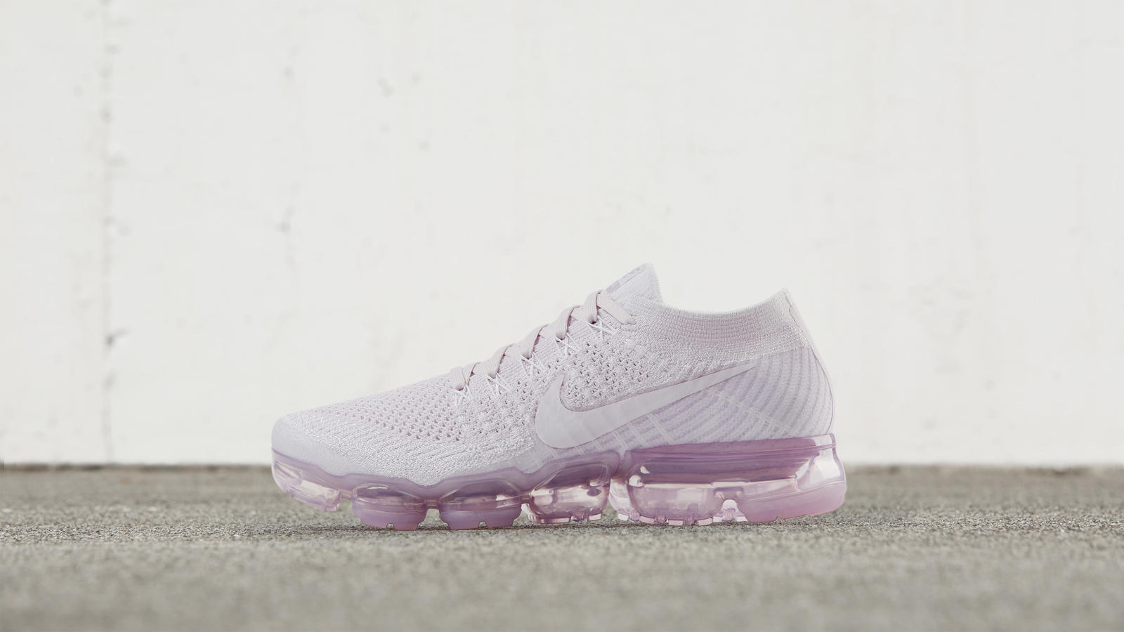 pink nike air vapormax trainers