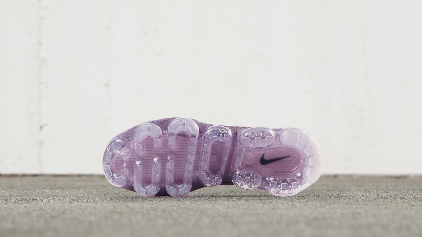 nike vapormax dark purple