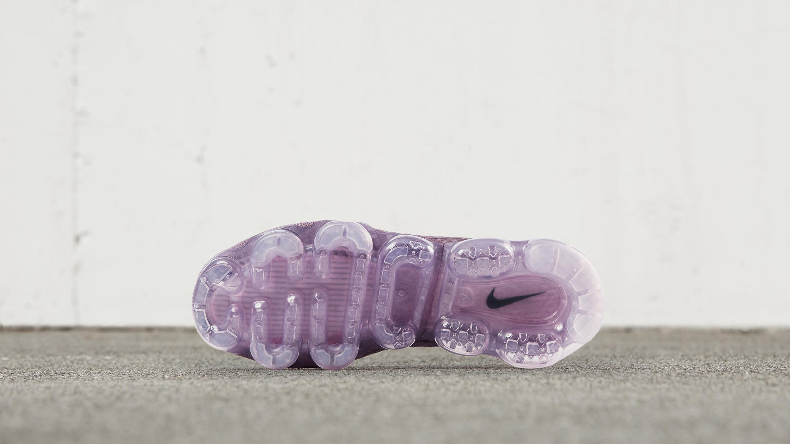 Nike Air VaporMax Day to Night 1
