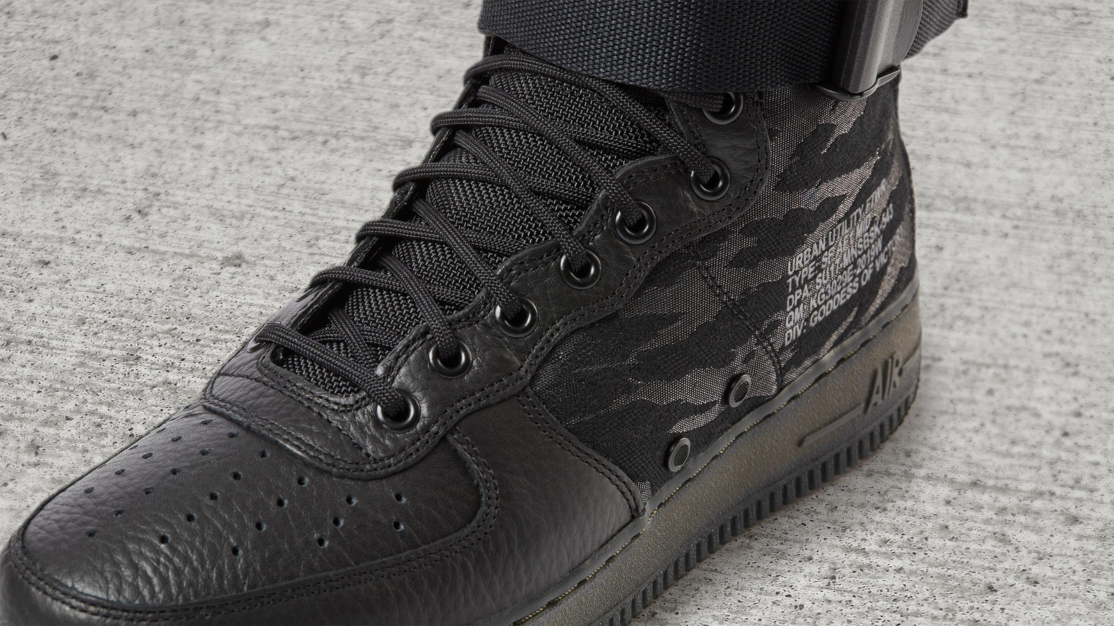 Nike Special Field Air Force 1 Mid 3
