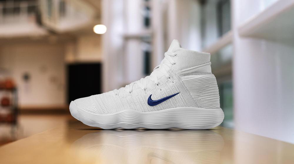 Nike React Hyperdunk 2017 Flyknit PE