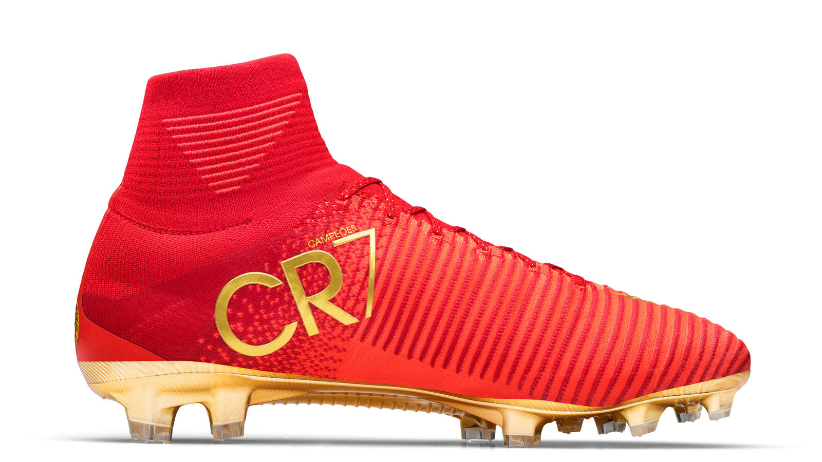 255be6a940b8e3 ... Special Portugal Boots for Cristiano Ronaldo  CR7 Mercurial Campeões 1  ...