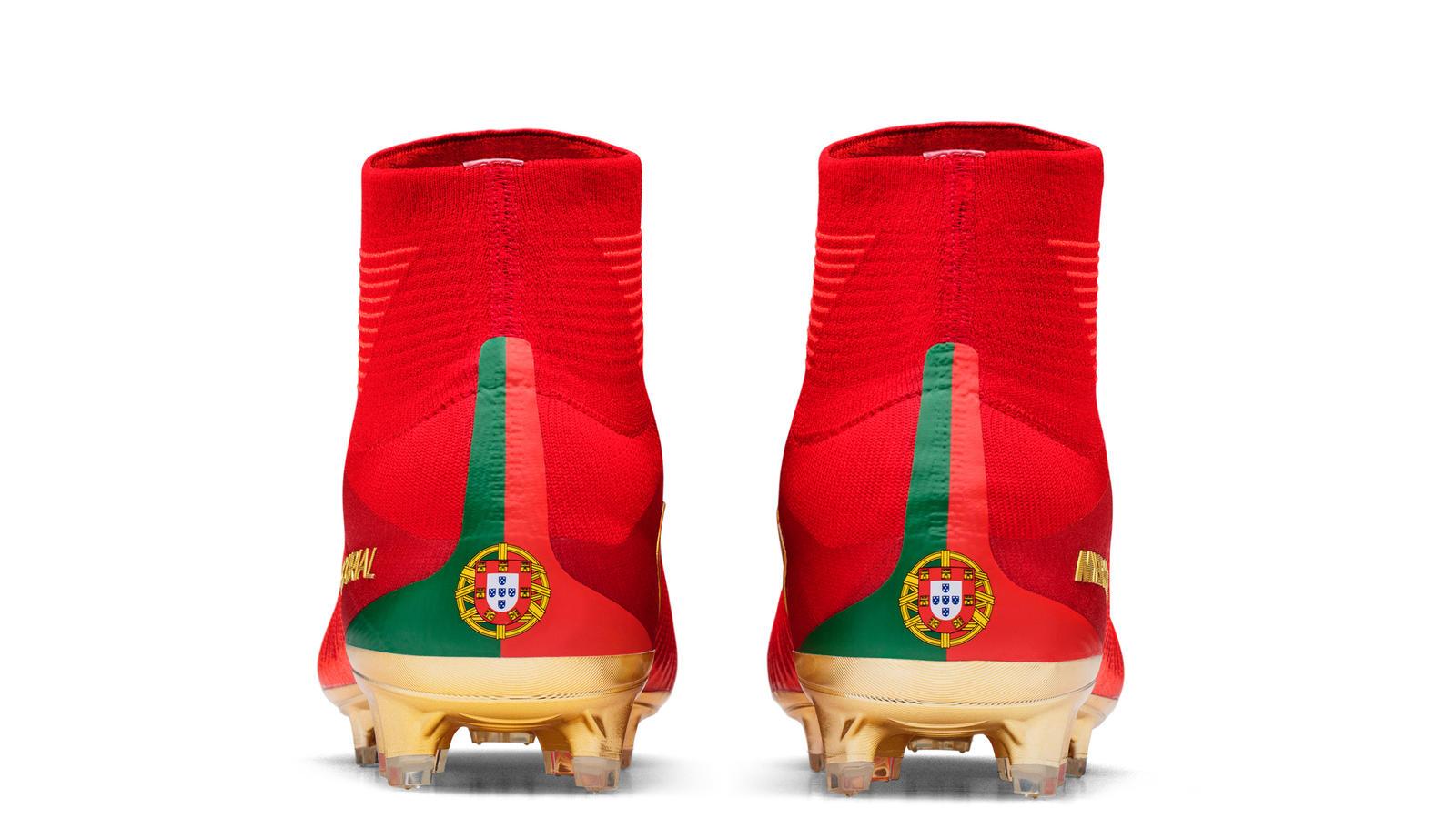 Special Portugal Boots for Cristiano Ronaldo  CR7 Mercurial Campeões ... 824a9593a