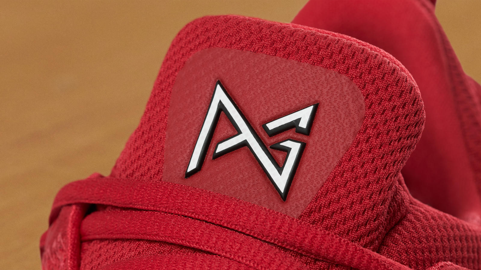 Pg1 red 1 hd 1600