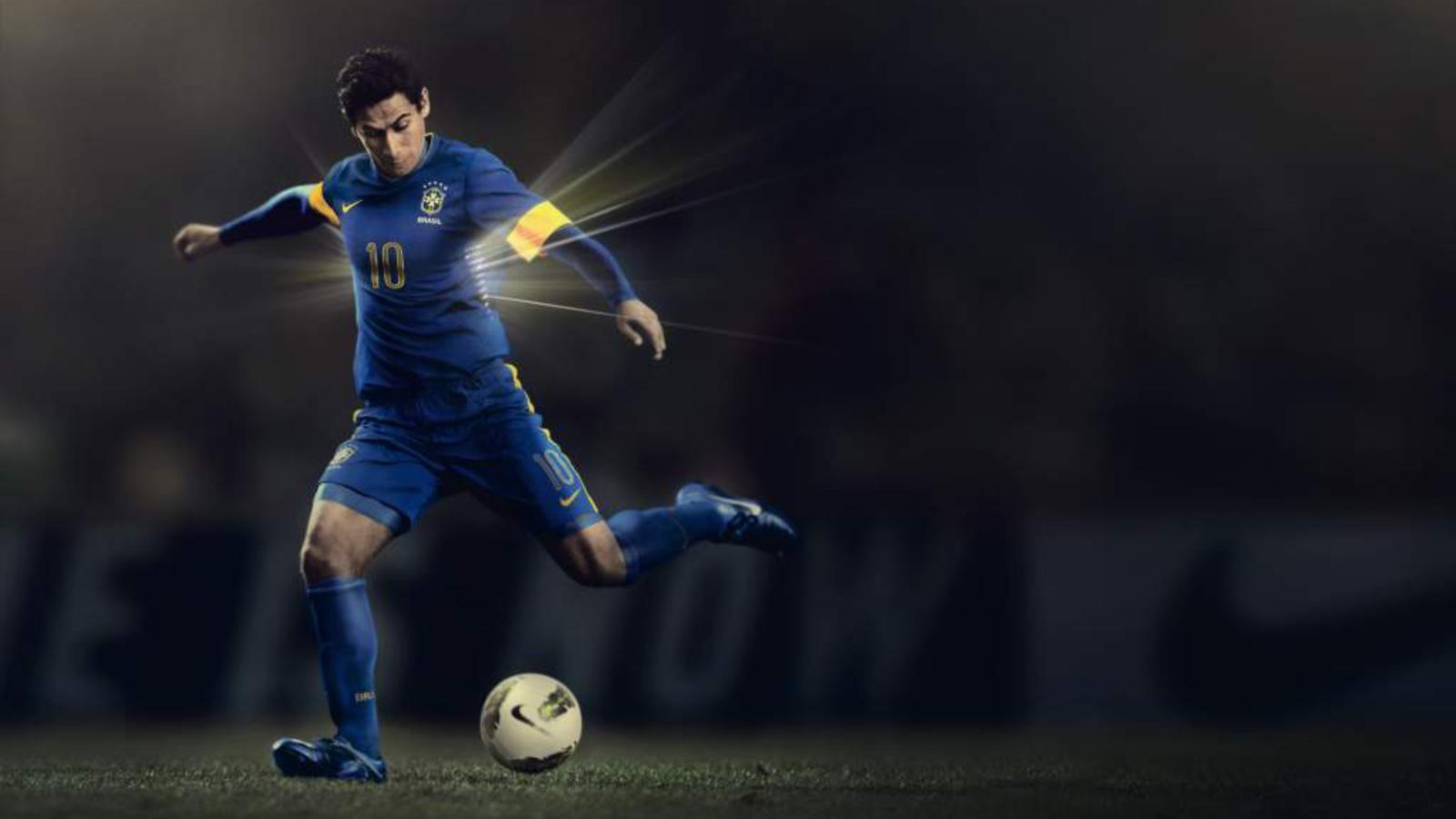 Brasil_2012_Away_Team_Kit_2