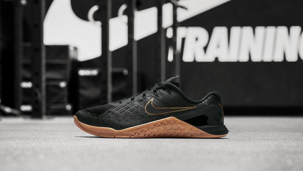 "Nike Metcon 3 ""Black X Gold"""