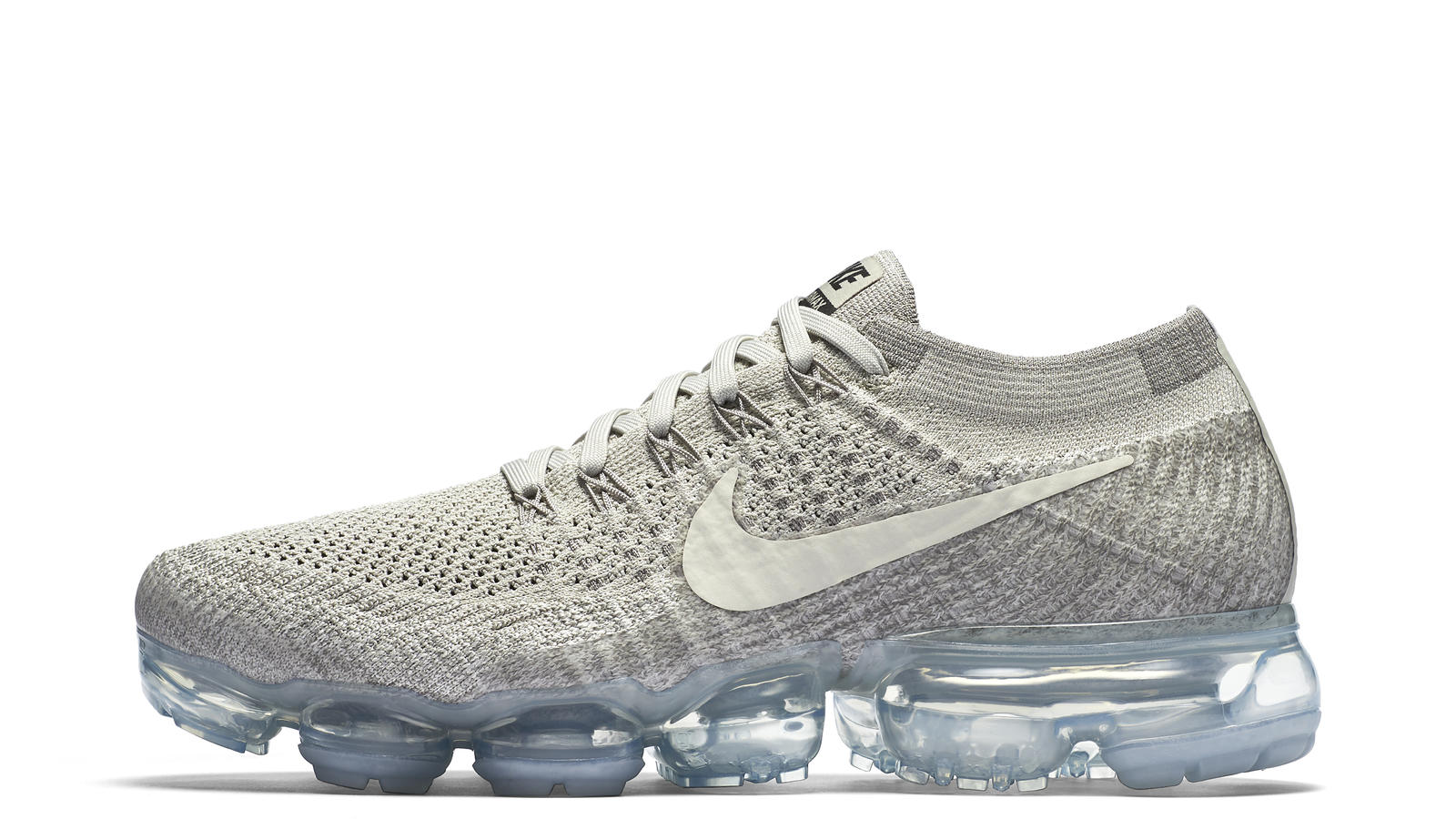 Nike Air VaporMax Flyknit (Pale Grey)