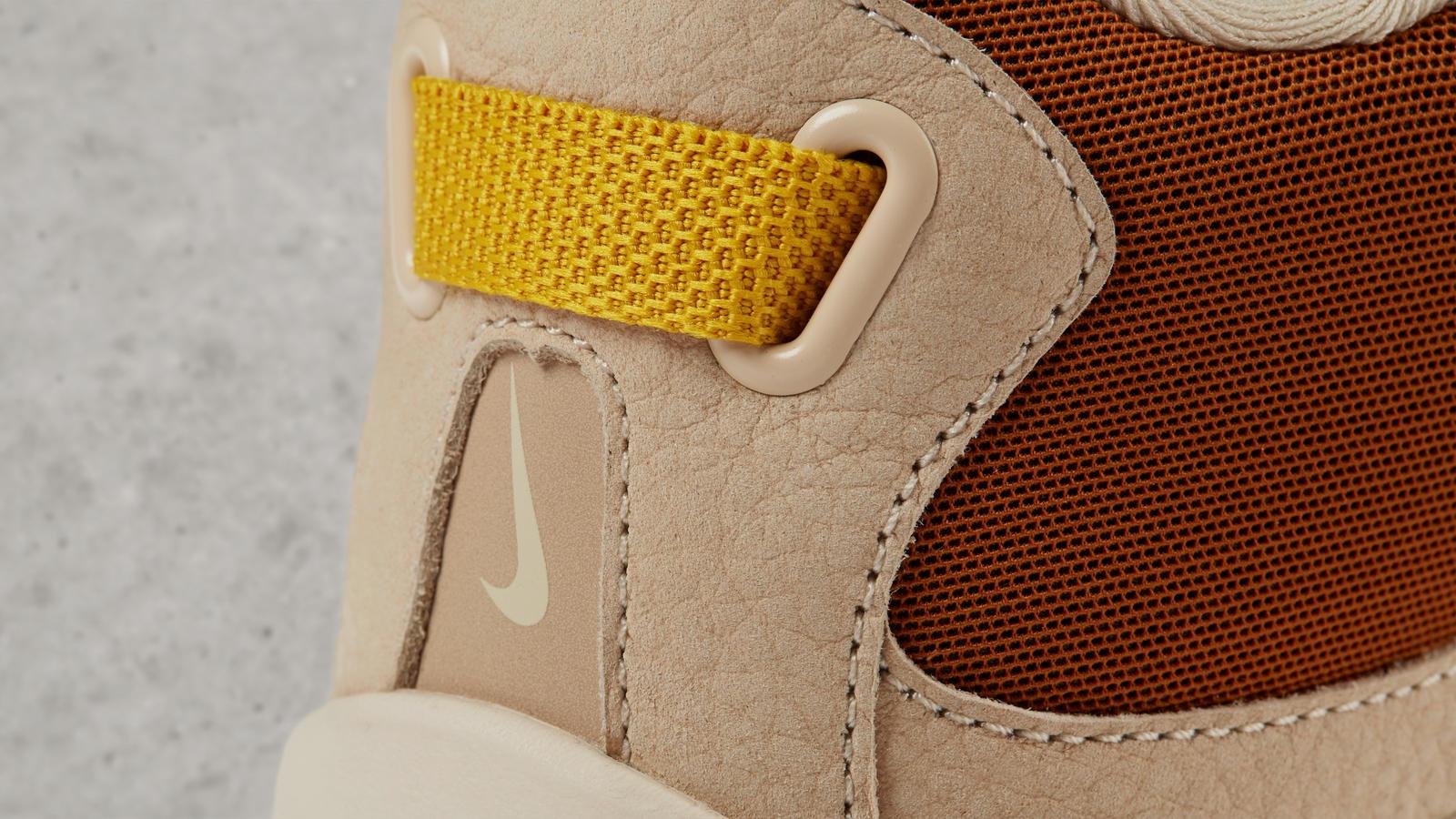 170512 footwear pocketknife min gold 0043 hd 1600