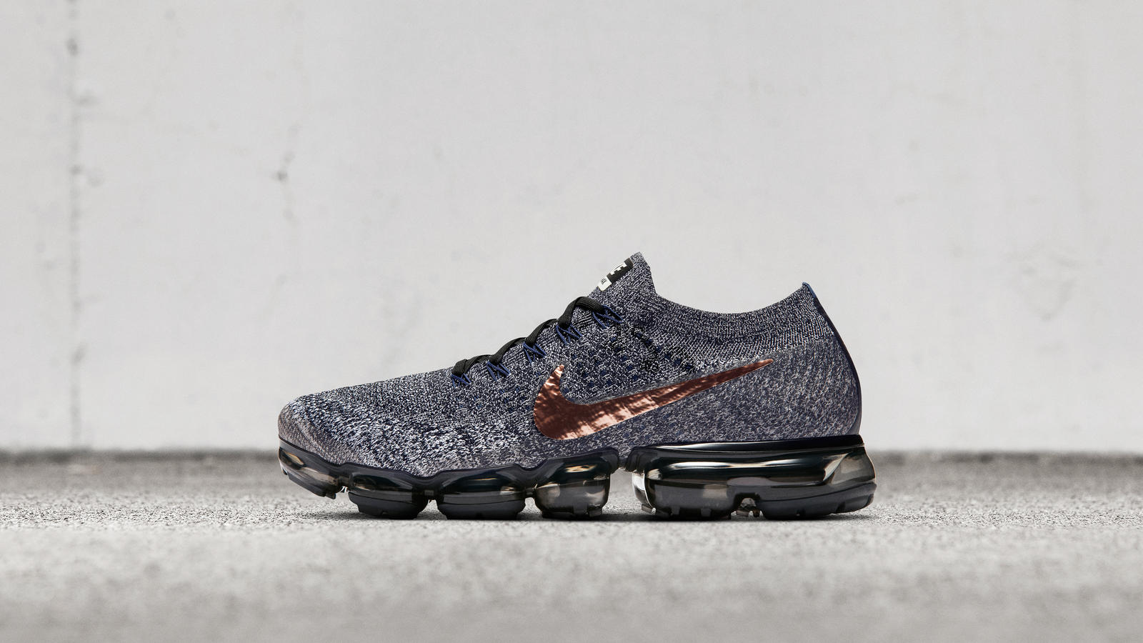 "Nike Air VaporMax ""Explorer Dark"" 0"
