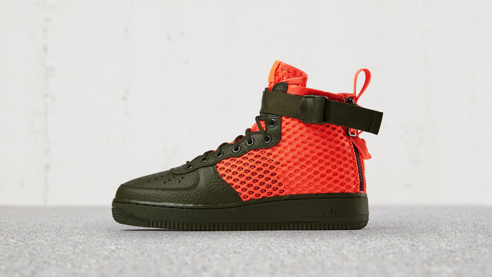 Nike Special Field Air Force 1 Mid 0