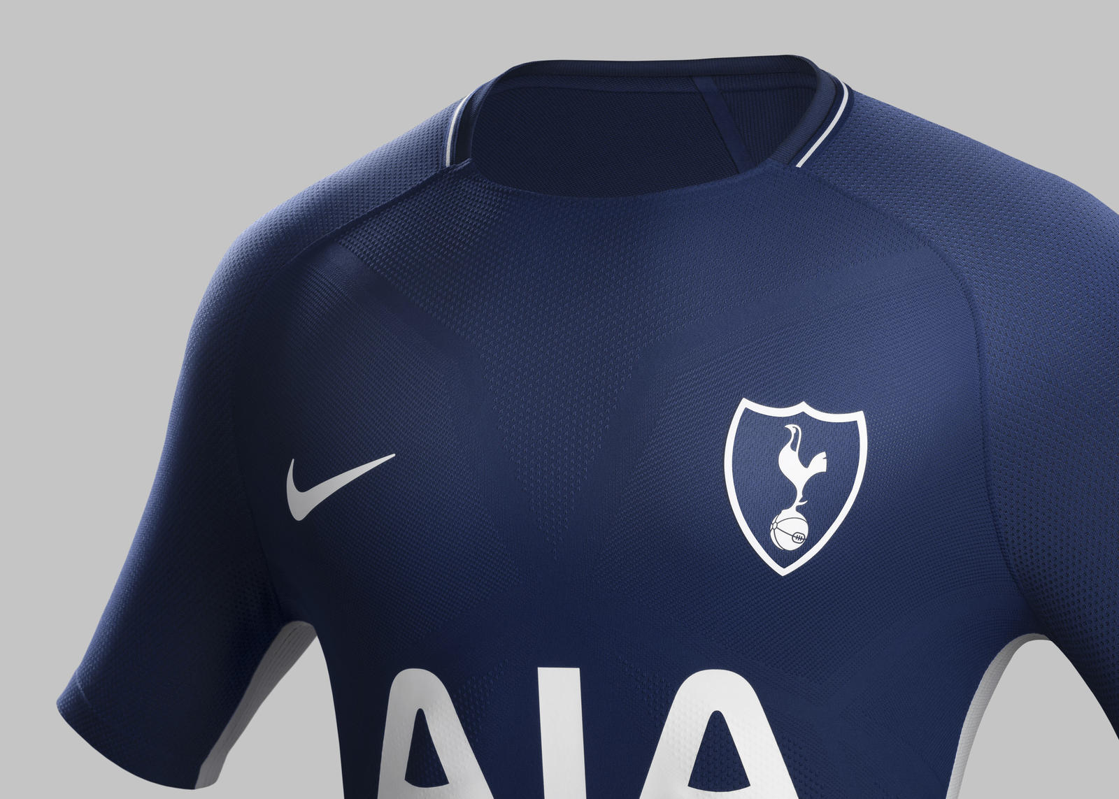 Fy17 18 fb we tottenham club kits a crest match r rectangle 1600