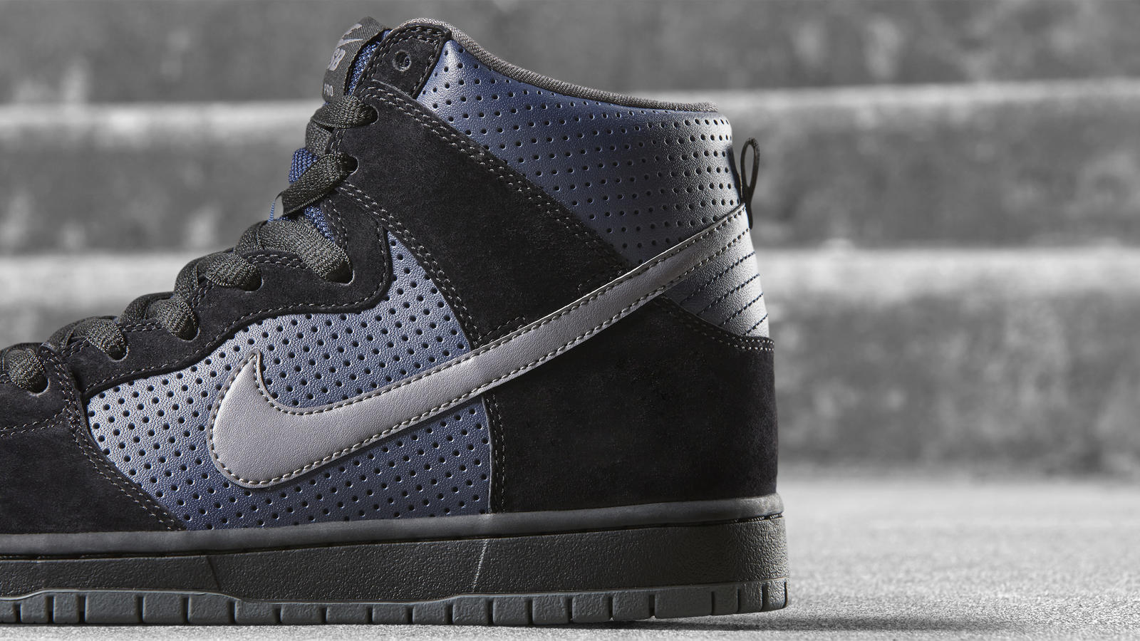 170320 footwear sb blk navy dunk 0166 hd 1600
