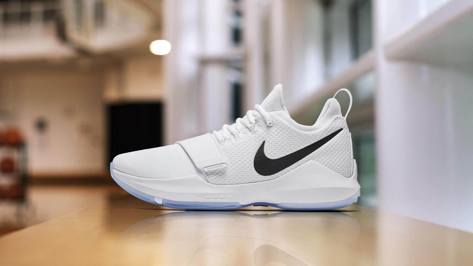 the latest d9831 fdcab Nike PG1