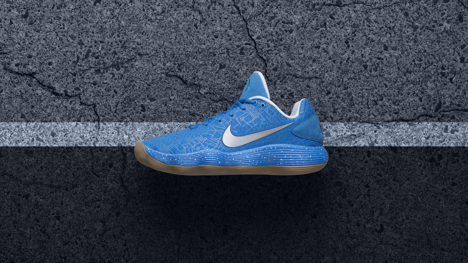 c6918a8bd0a These Six New Nike Hyperdunk Low Styles Celebrate Basketball s Global  Capital Cities 17