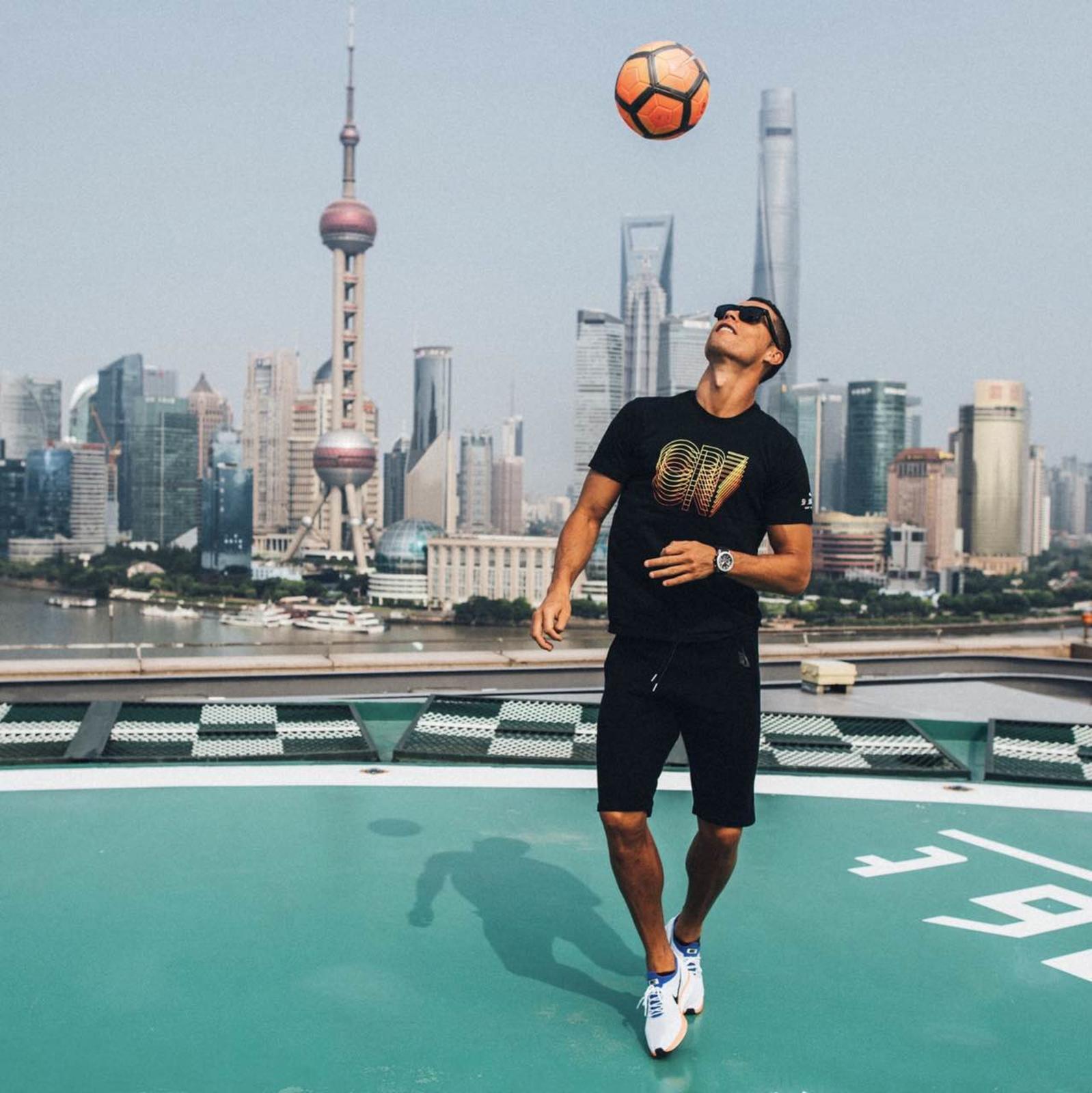 Cristiano Ronaldo Visits China for His First Individual Tour ...