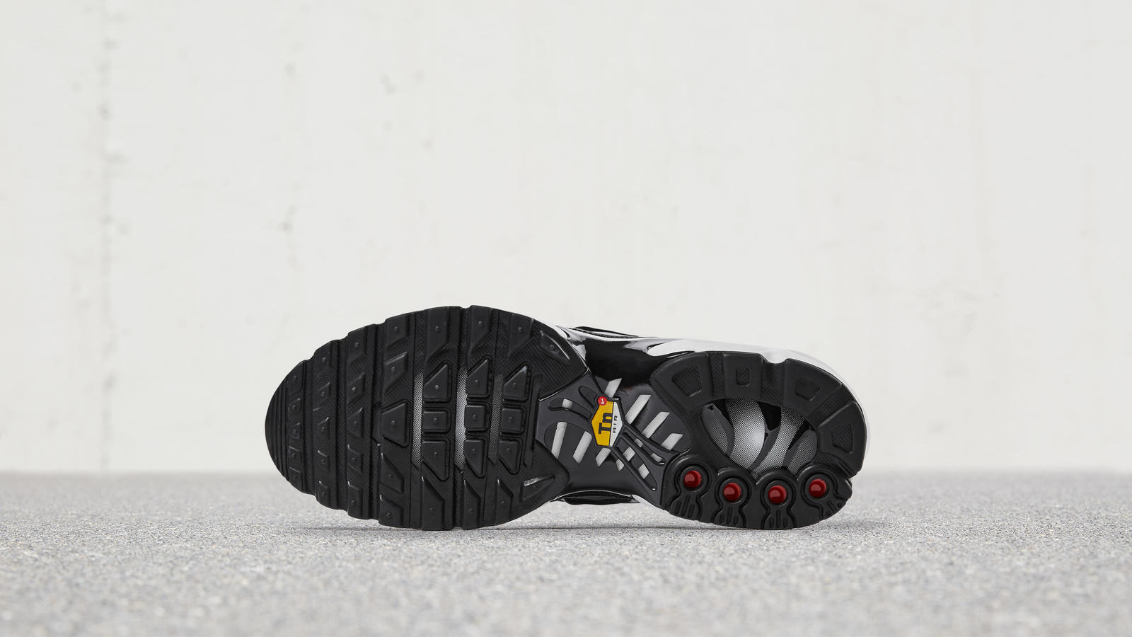 Nike Air Max Plus 1