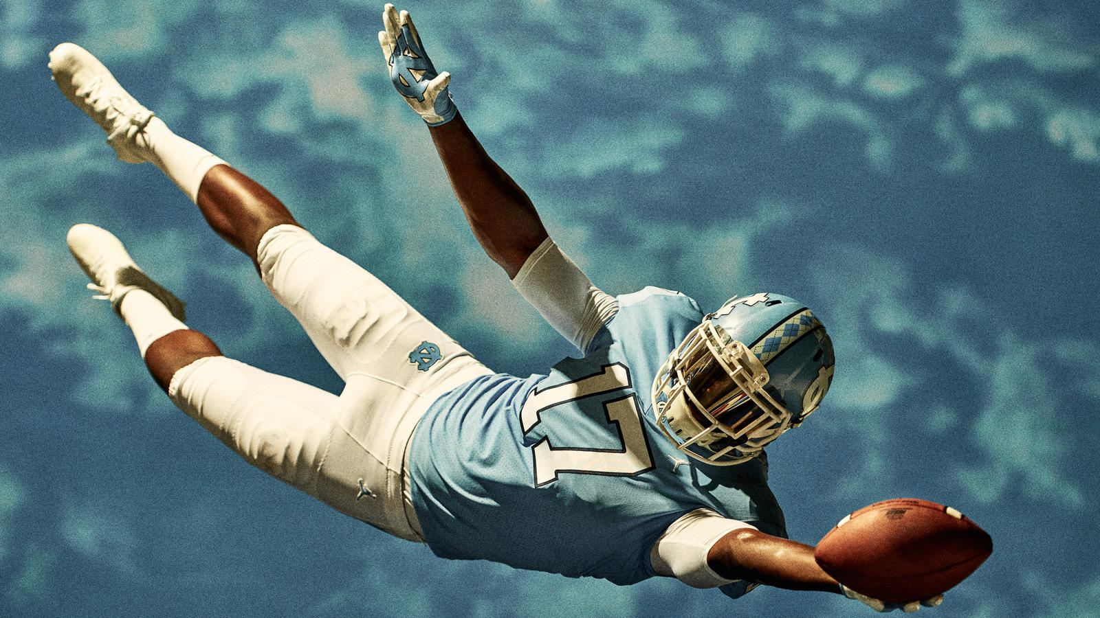 Jordan Brand Reveals the University of North Carolina Football Uniforms  2