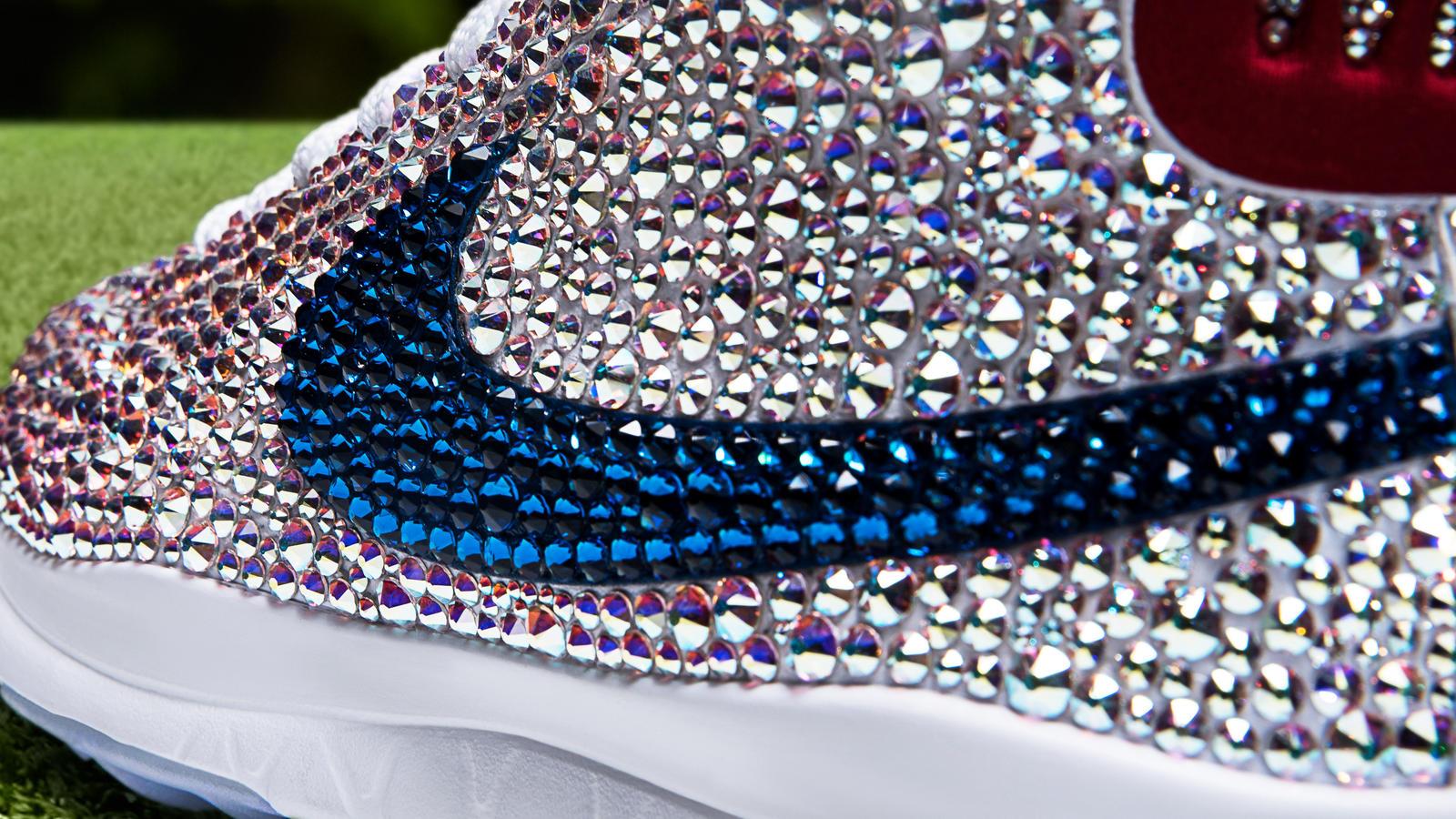 b485b2f33b7a7f Nike Blazer Swarovski PE - Nike News