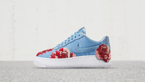 Nike Air Force 1 Upstep Low LX