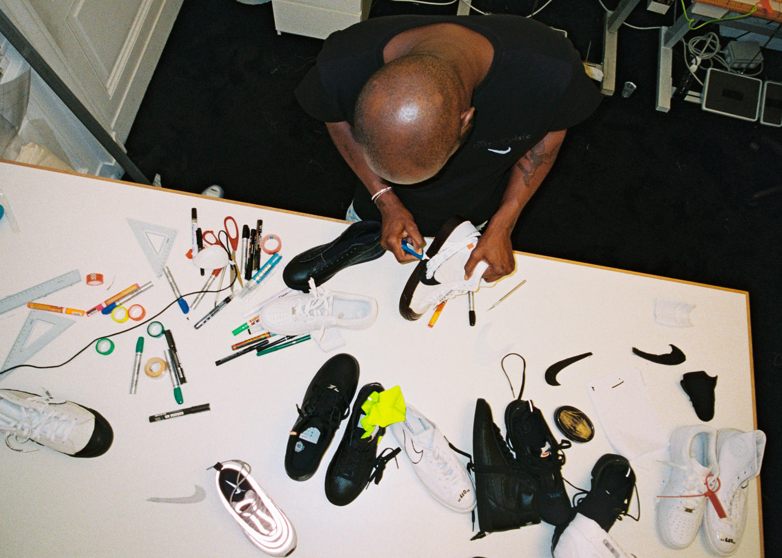 "Abloh Design Project and Ten Announce New ""The Virgil Nike JcK1FTl3"