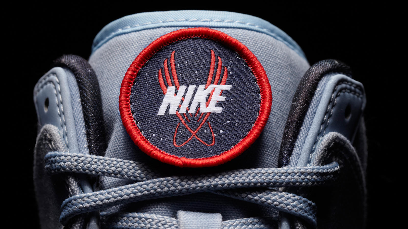 DUNK_GREY_DETAIL1