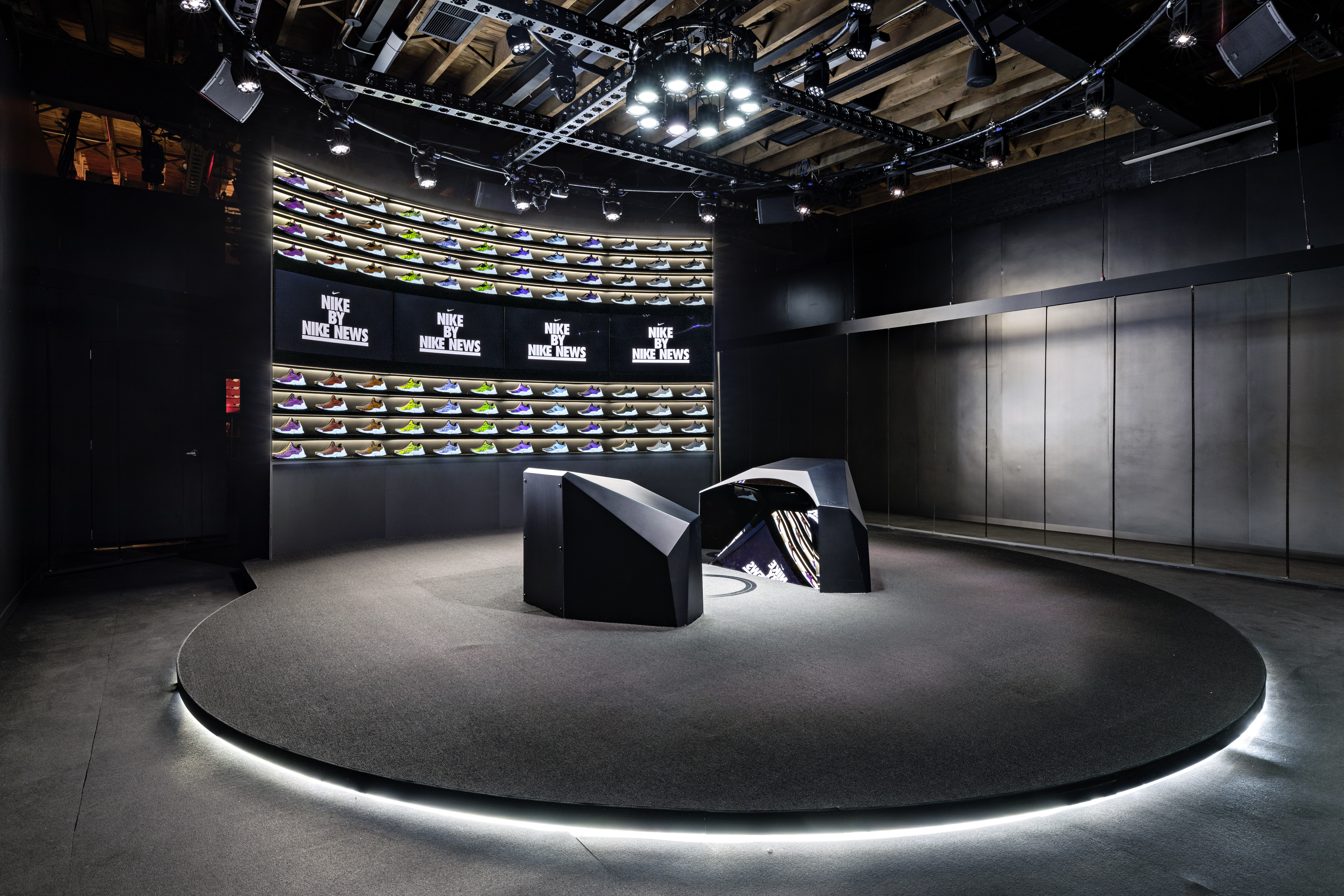 New Live Design Experience Promises Custom Shoes In Less