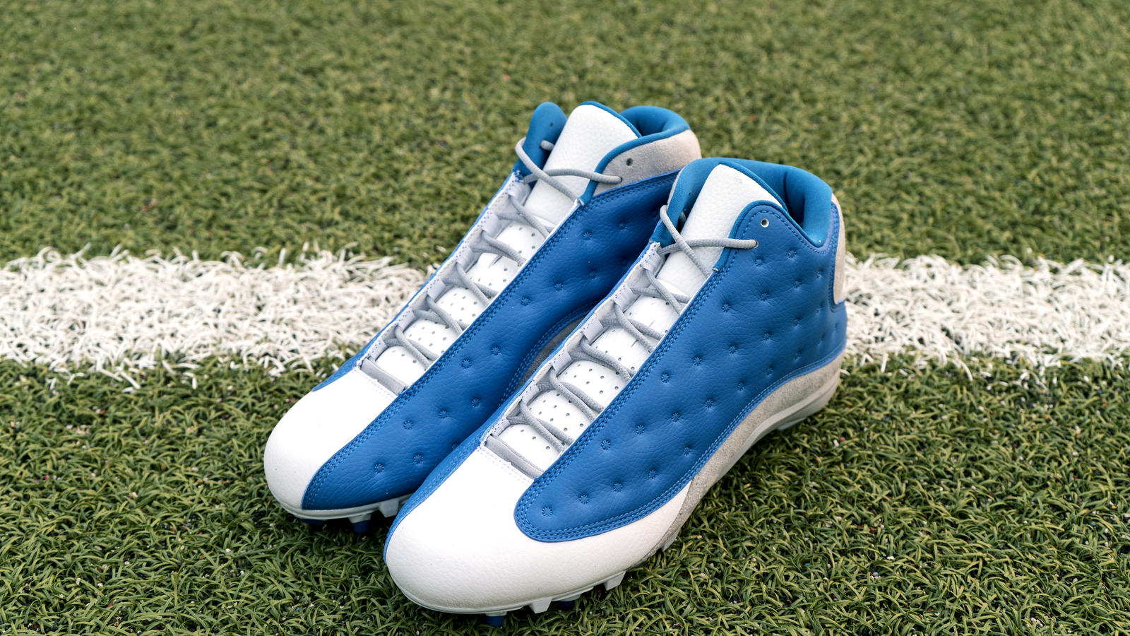 Jordan Brand's Football Roster Debuts New Air Jordan XIII PE Cleats 11