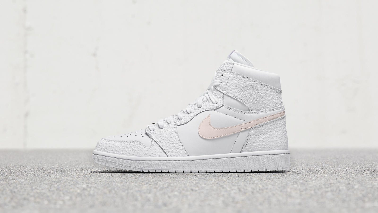 online store 539e1 93e12 Nike Flyleather Jordan 1 SE 0