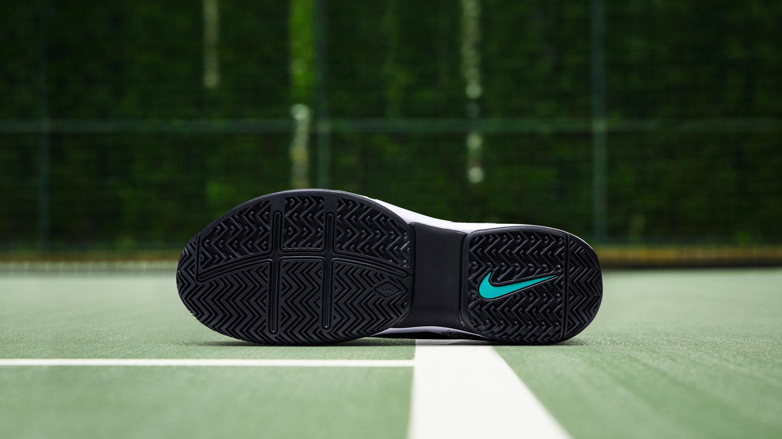e323a9f5341 NikeCourt Zoom Vapor RF x AJ3