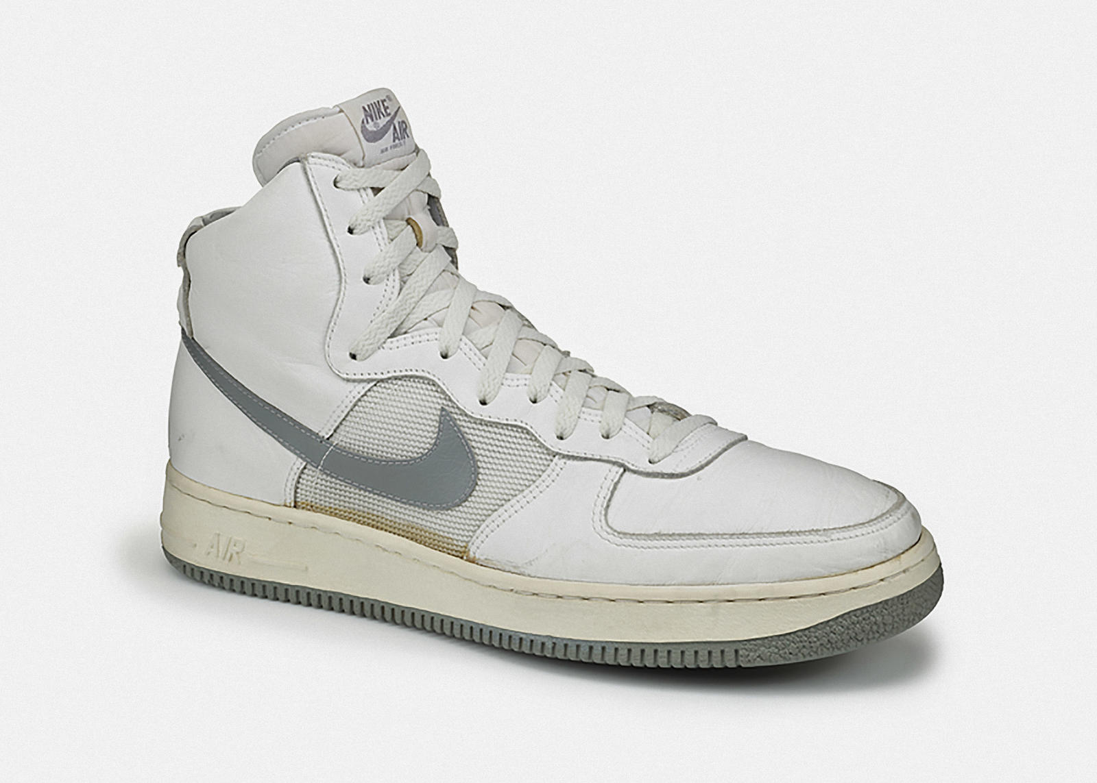 sports shoes b4d7d f2609 Designer Bruce Kilgore Dishes on Nike Air Force 1 5