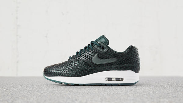 Nike Air Max 1 Ultra 2.0 Metallic Anaconda Green