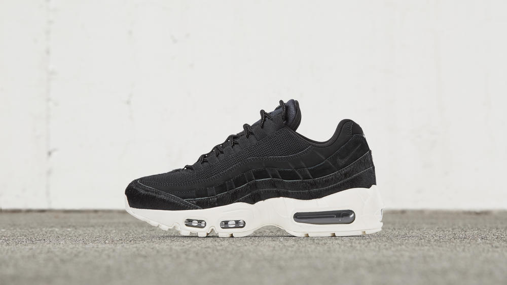 Nike Air Max 95 Embossed Fur Black