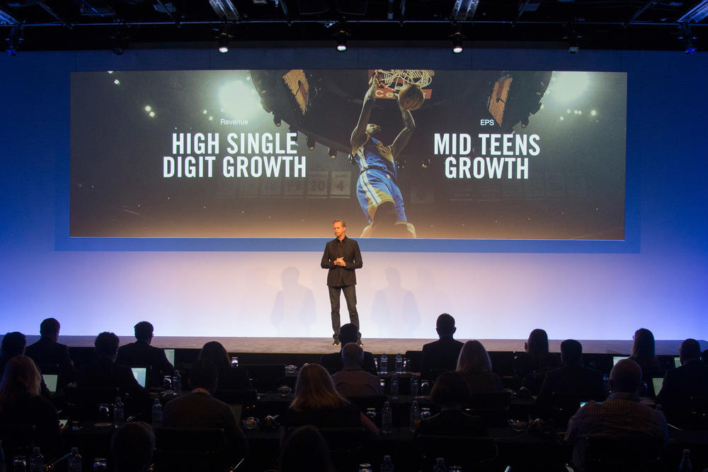 difícil bombilla Puñalada  Nike News - Investors News