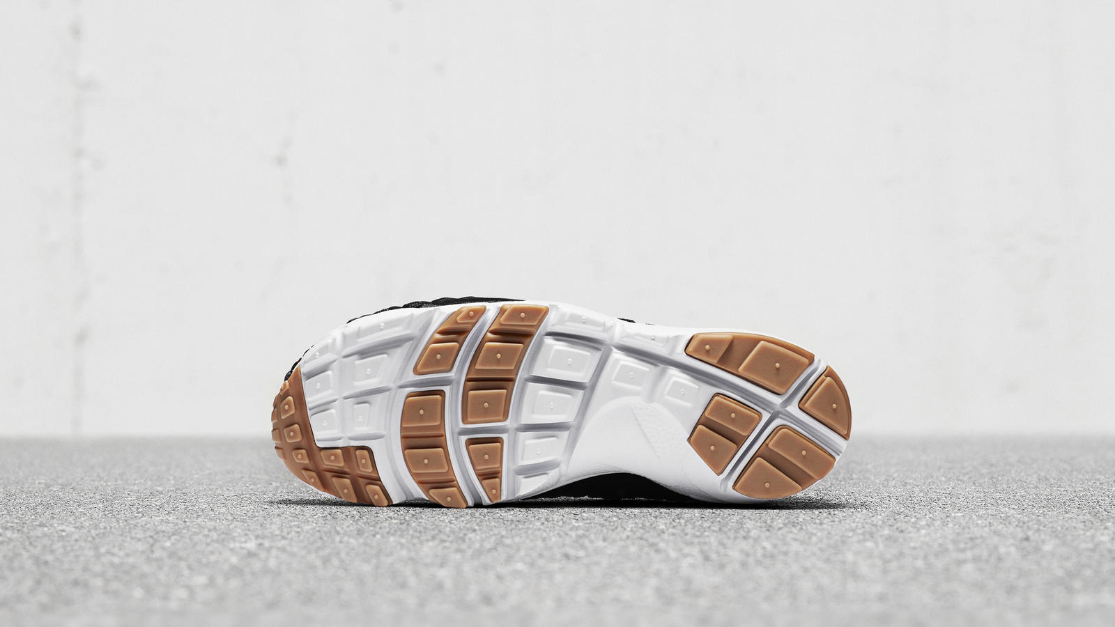 Nike N7 Footscape Woven   0
