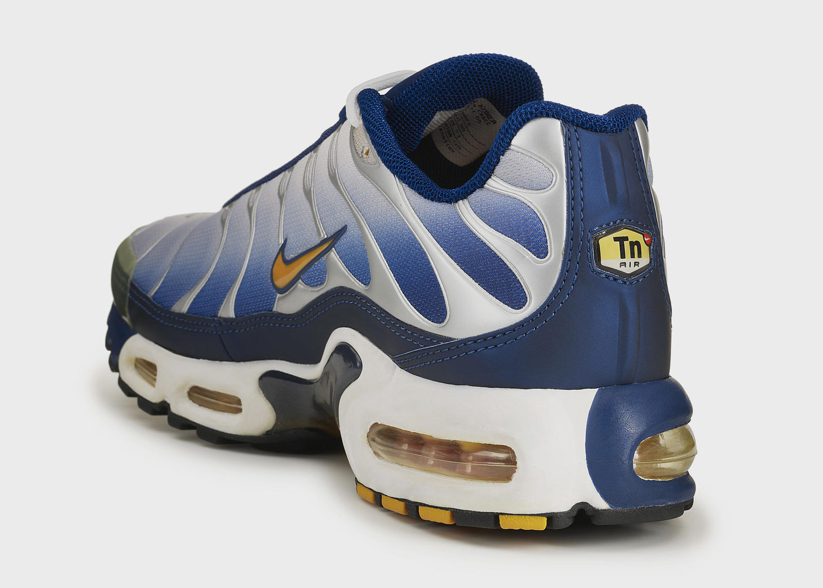 cartellone influenza Inibire  Nike Air Max Plus TN History - Nike News