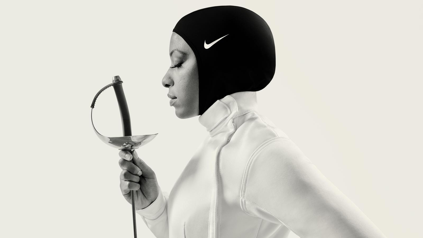 construcción naval embarazada James Dyson  The Nike Pro Hijab Goes Global - Nike News