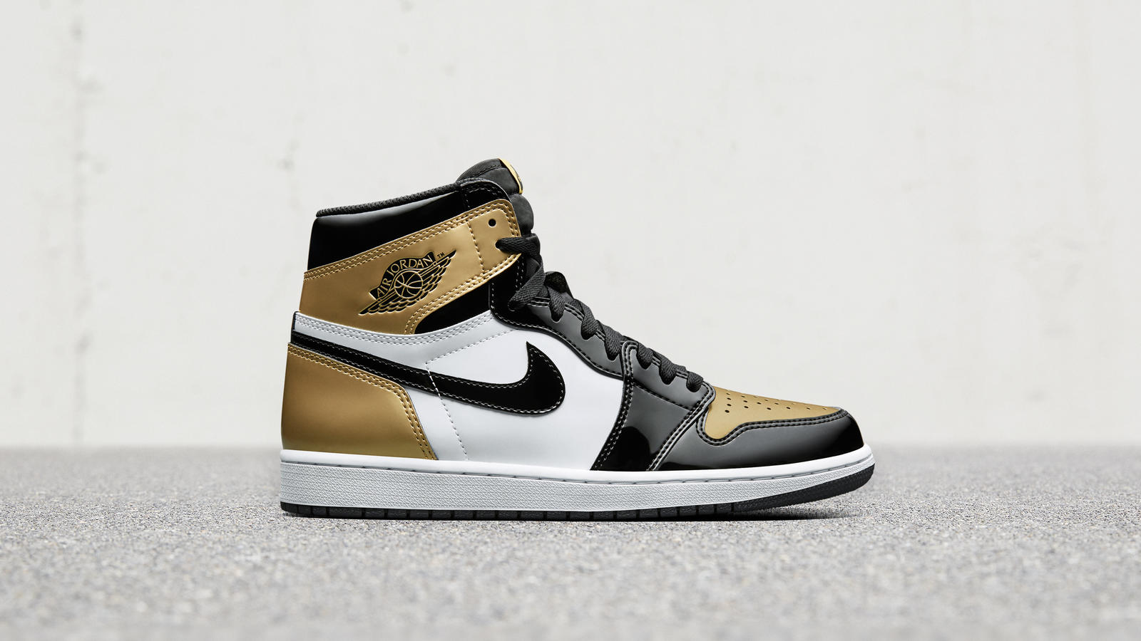 Air Jordan 1 Top 3 Gold 1