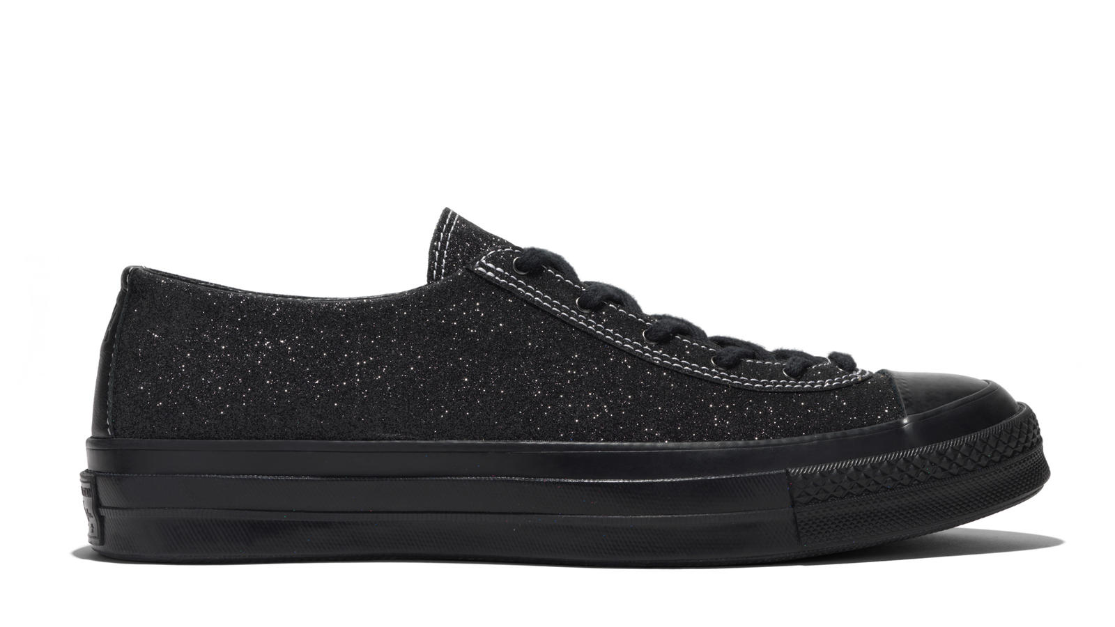 Opposites Attract in Converse and JW Anderson's Collaborative GLITTER_GUTTER Collection 3