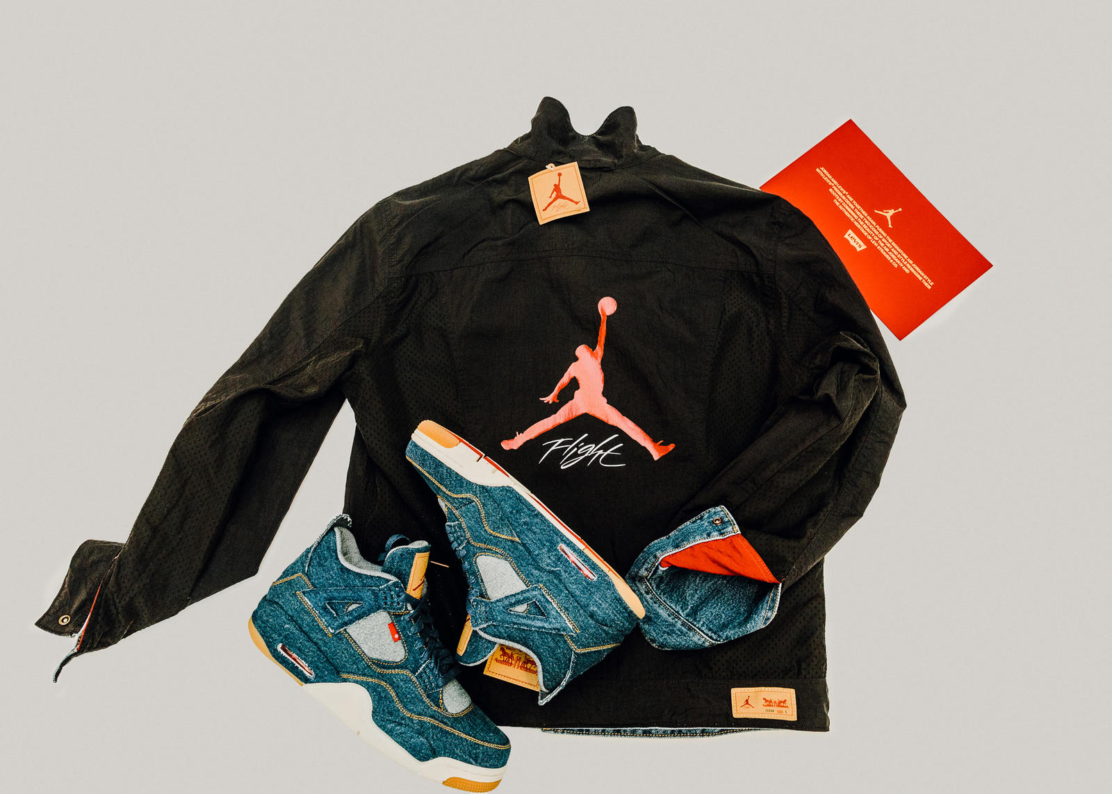 517e53e9285470 Jordan Brand x Levi s® Air Jordan IV and Reversible Trucker Jacket ...