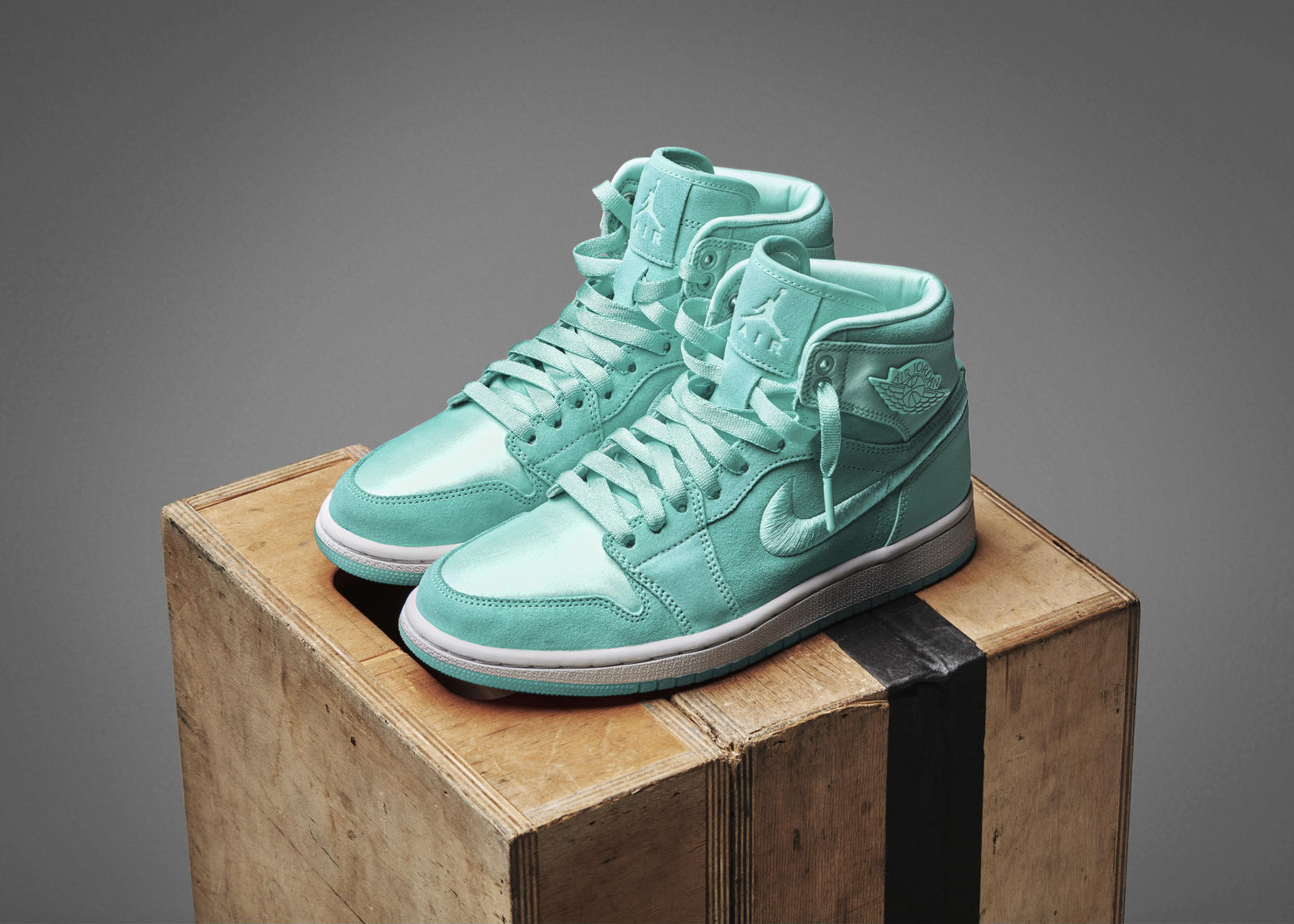 best sneakers cd466 17fd7 ... blue 89047 31376 low price jordan brand reveals spring 2018 womens  collection 19 9e367 5e954 wholesale leopard print air jordans 5 ...