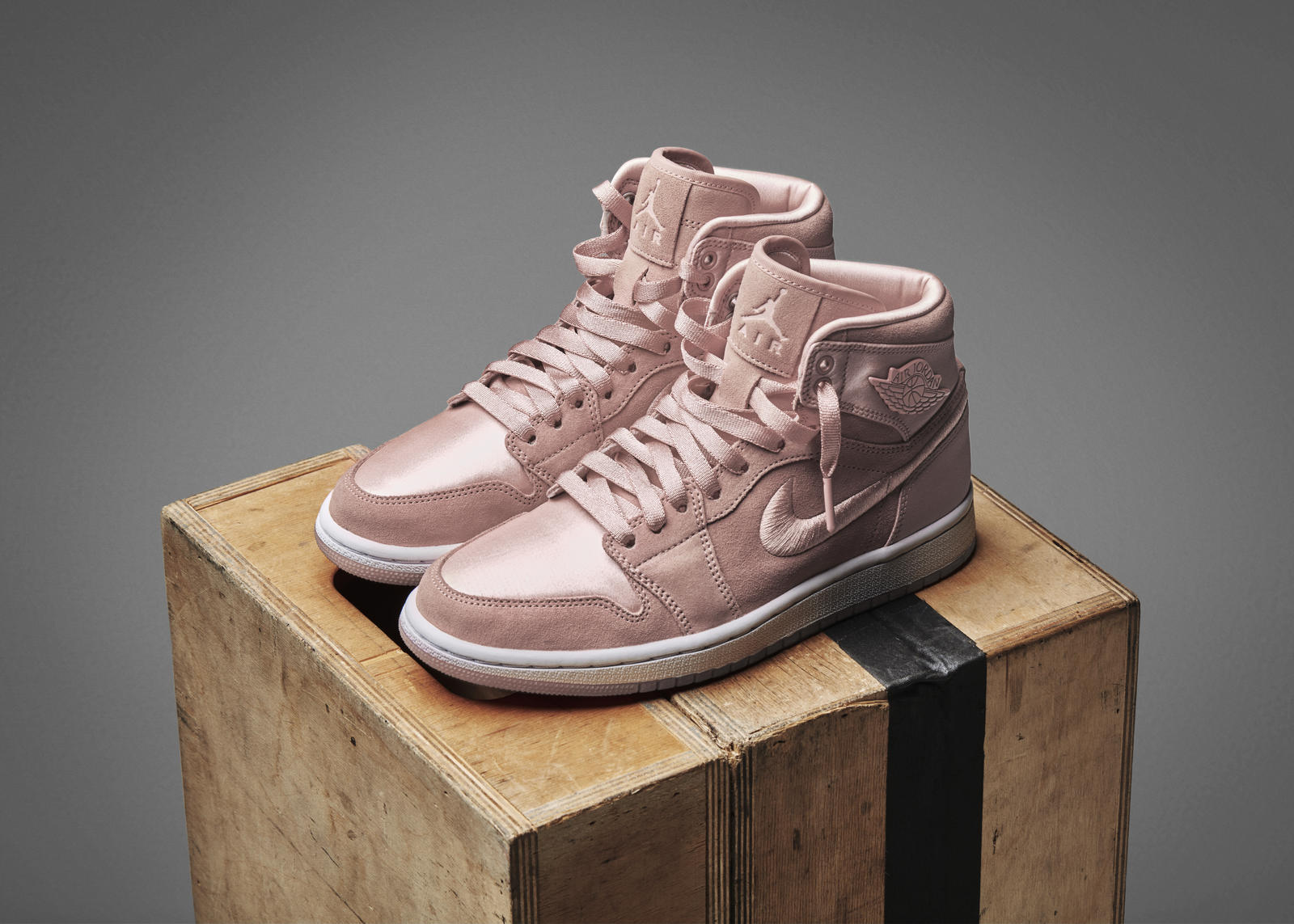 womens air jordan 1 sunset tint ri