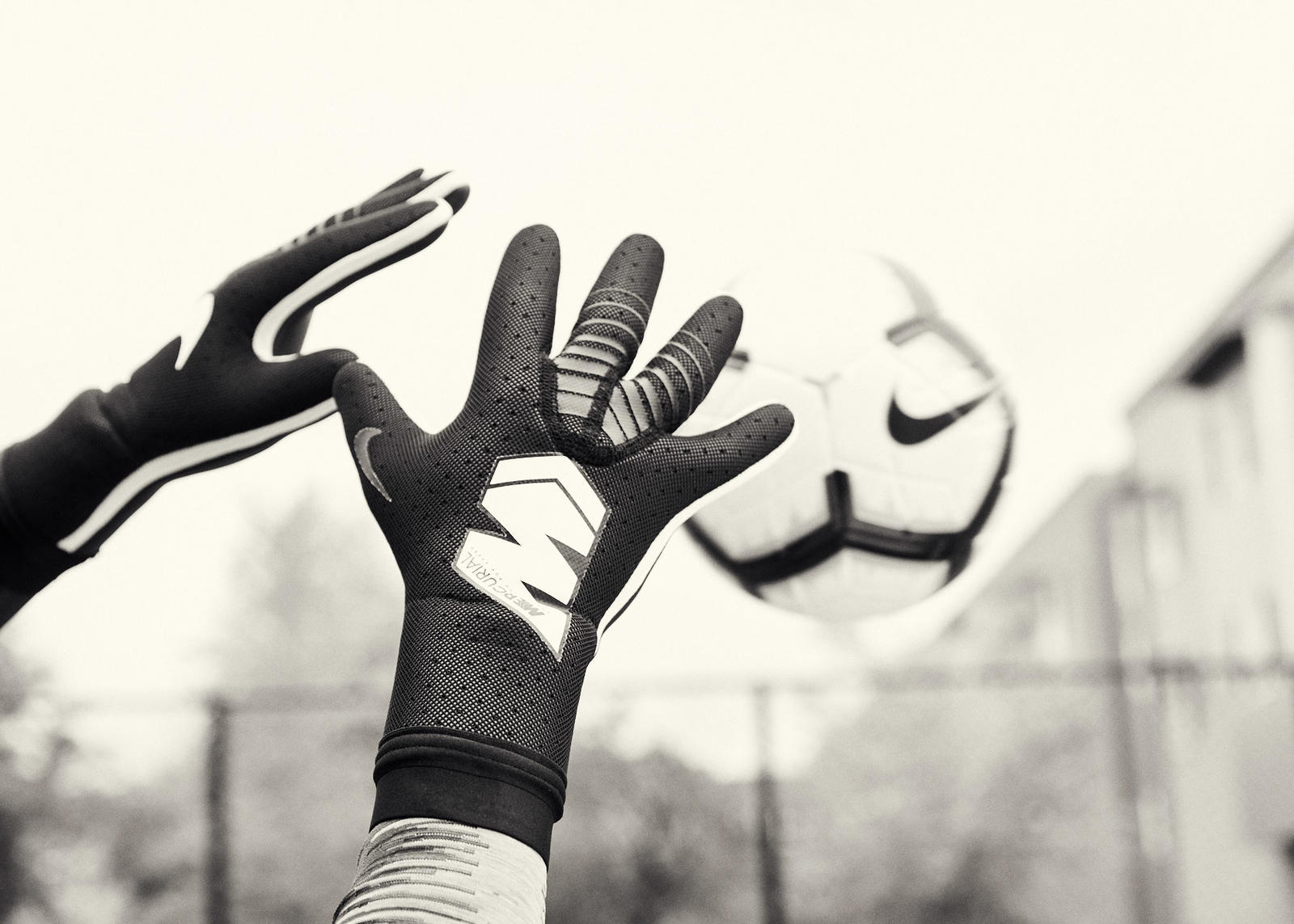 Nike Revolutionizes Goalkeeper Gloves 3