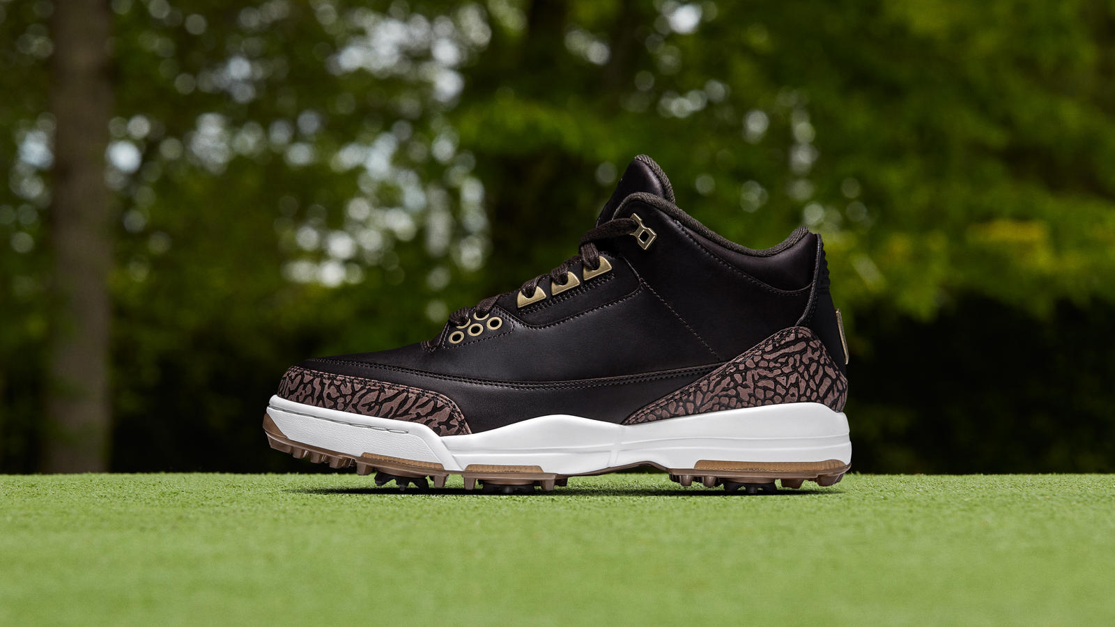 Air Jordan 3 Golf Shoe Premium - Nike News 9267eeae1