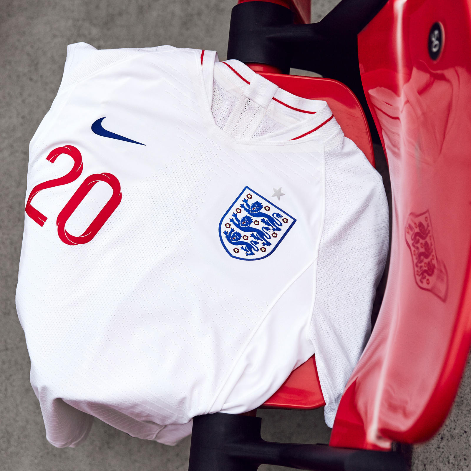 7105ee2a England Home Kit. Indispensably England 17