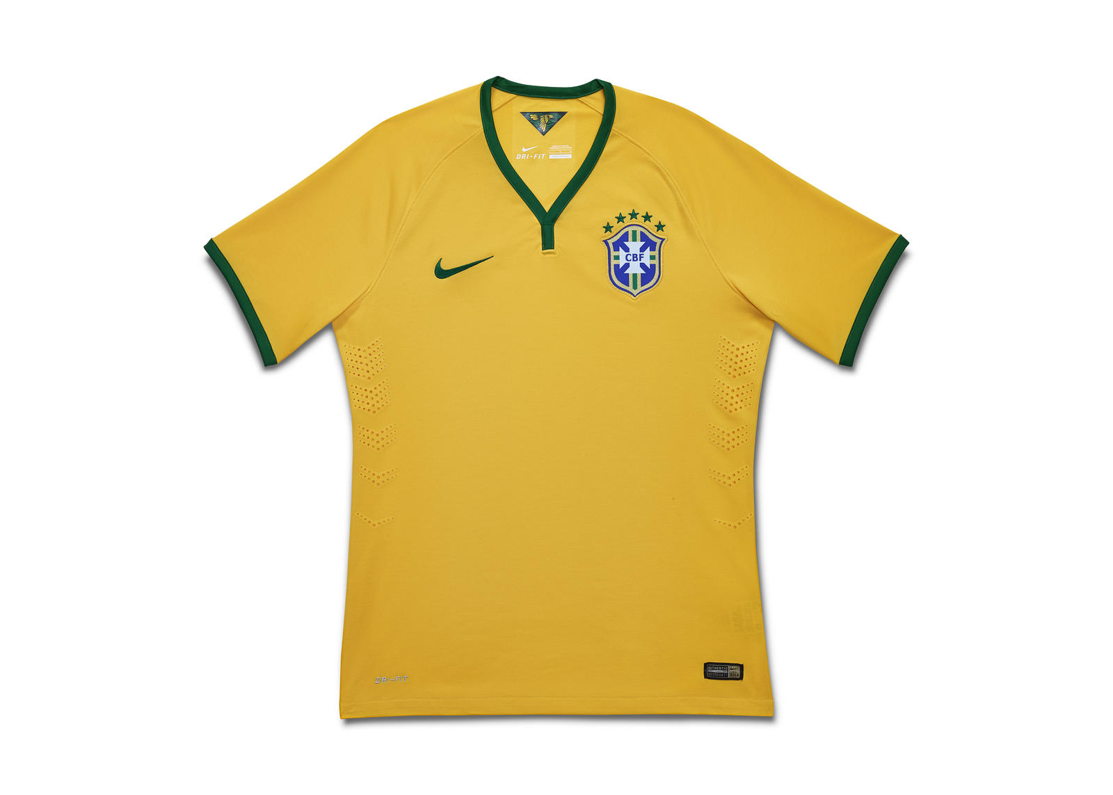 A Retrospective of Brasil's Yellow Jersey 5