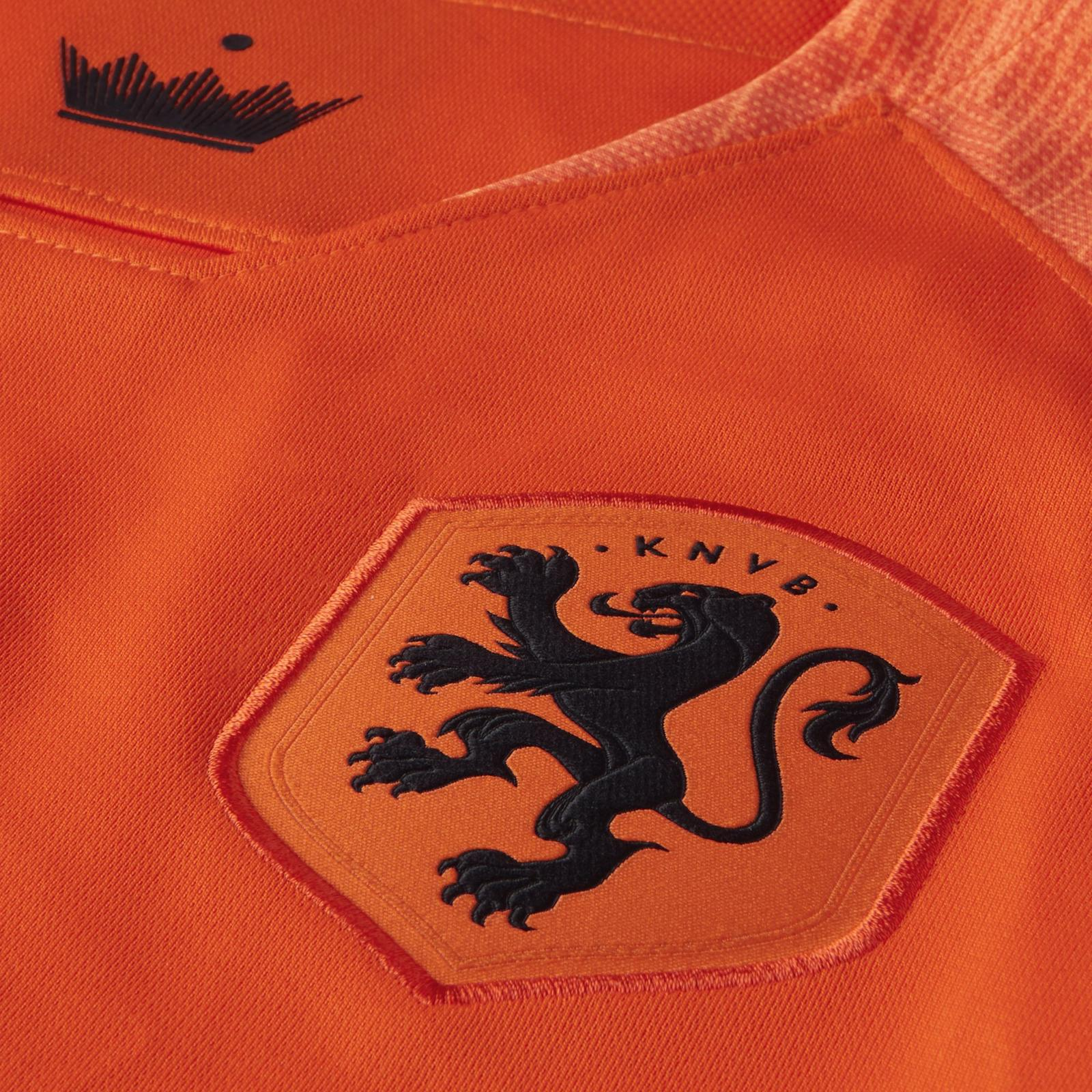 Hup Holland! The Netherland's 2018 Kit Pays Tribute to Total Football 1